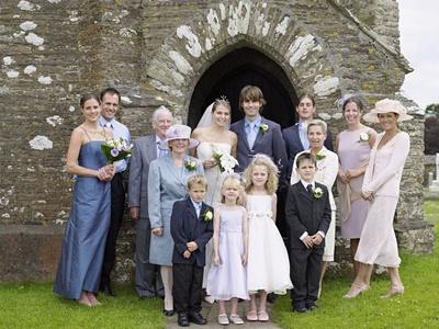 Comment choisir une robe de soir e pour un mariage pr paration mariage de l 39 organisation - Tenue homme invite mariage ...